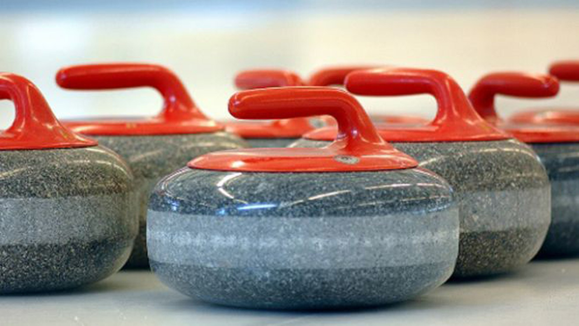 curling stones bg